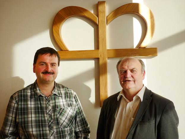 Die Vorsitzenden des Diakonievereines: Dr. Thomas Träg (links), 2. Vors. und Pfr. Gerhard Metzger (rechts) 1. Vors.